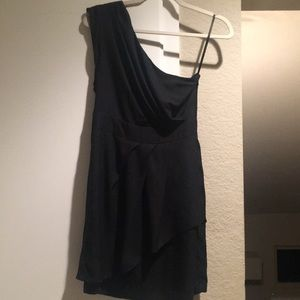 BCBG SIZE 4 Black One Shoulder Dress